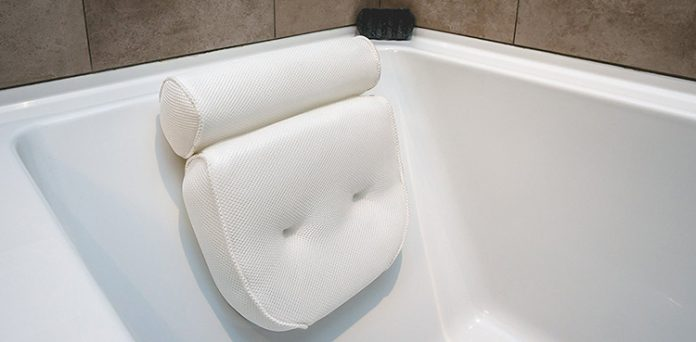 relaxing bath pillow
