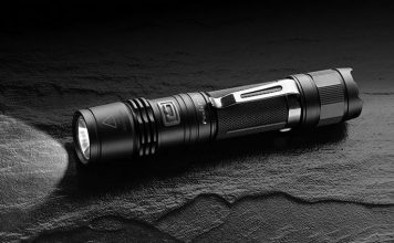 best pocket flashlight